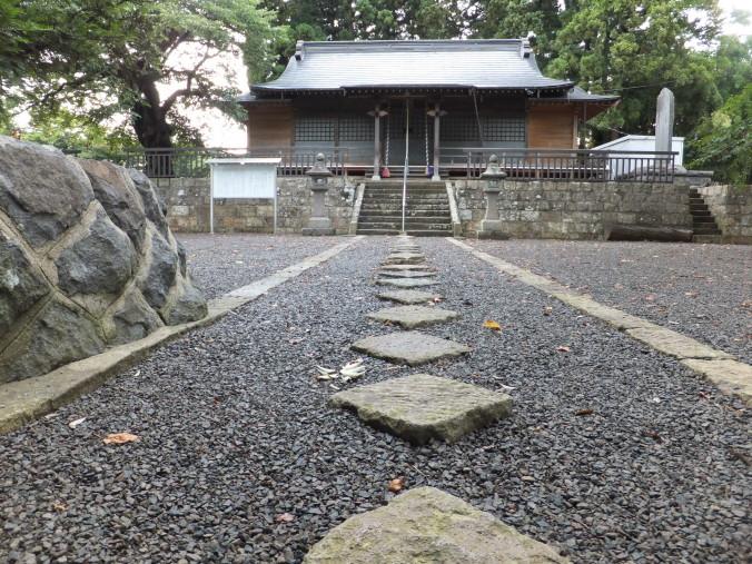 鷲神社の除染